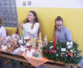 Vánoční kavárna a jarmark